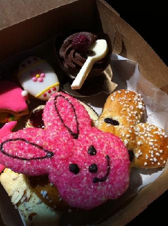 Moonside Bakery and Cafe : delicious goodies