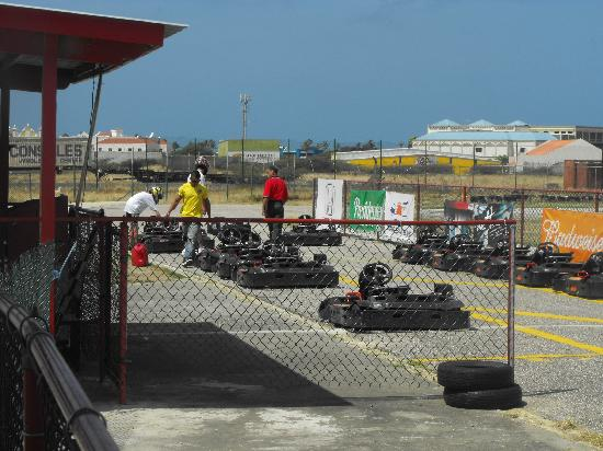 Bushiri Karting Speedway: The start