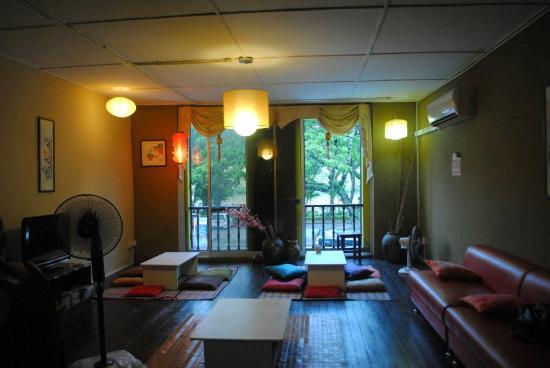 Wo Jia Lodge: The comfortable and cosy common area