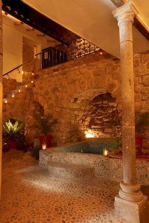 Samana Inn and Spa: noche