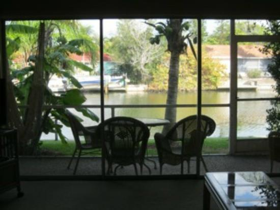 Beach Road Villas: View of lanai and canal from living room