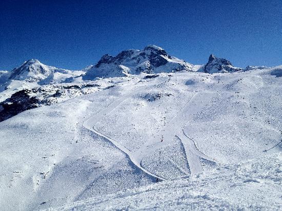 Zermatt-Matterhorn Ski Paradise: Groomed Trails