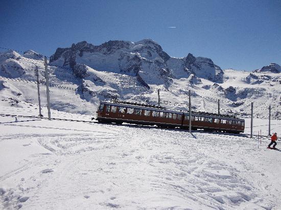 Zermatt-Matterhorn Ski Paradise: Gornergrat Railroad