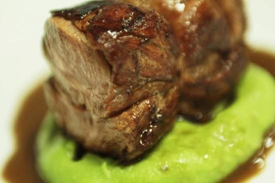 Assaggi: braised neck of lamb,red wine sauce
