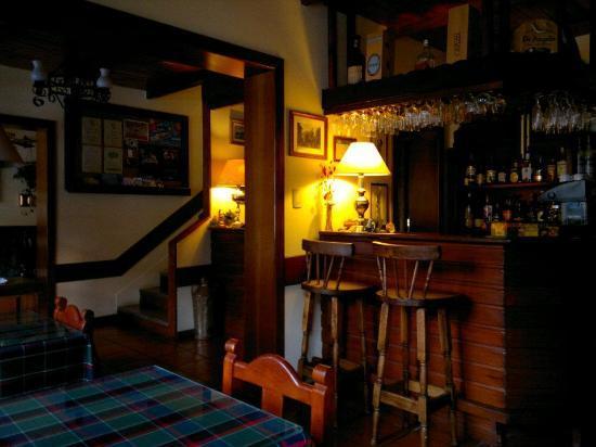 Hotel Sirenuse: Vista del bar y desayunador