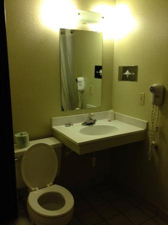 Super 8 Dillon/Breckenridge Area: Vanity