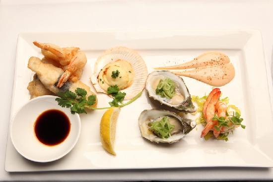 Tides Restaurant & Bar: Four Tastes of the Sea
