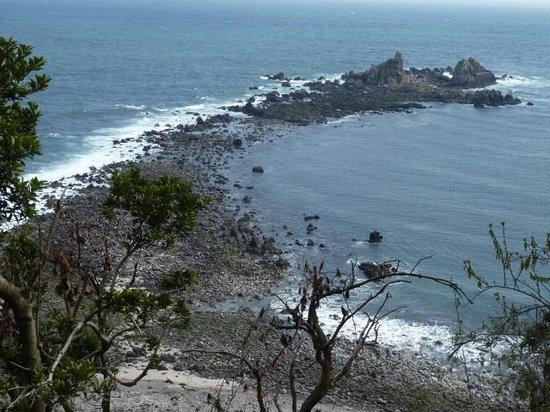 Manazuru-machi, اليابان: 三石海岸の砂嘴が素敵です。