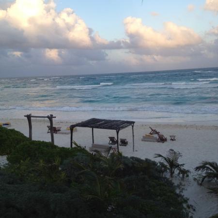 Nueva Vida de Ramiro: The view from my cabin!!