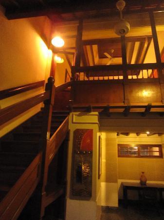 Taman Harum Cottages: Our big standard room!