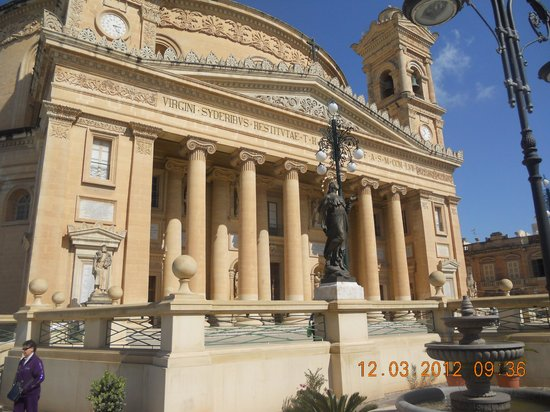 Mosta Bed and Breakfasts