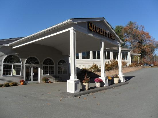 Quality Inn at Quechee Gorge: Grounds