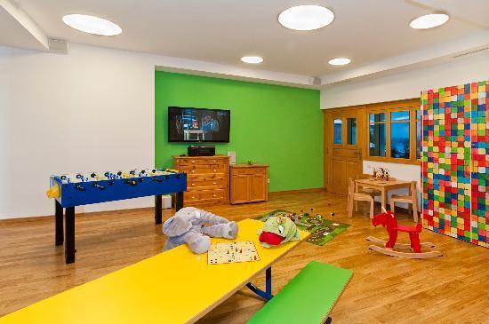 BEST WESTERN PREMIER Kaiserhof Kitzbühel: Kids Playing room
