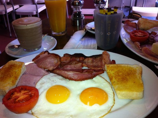 Hum Cafe: Our $11 breakfast, great value very quick.