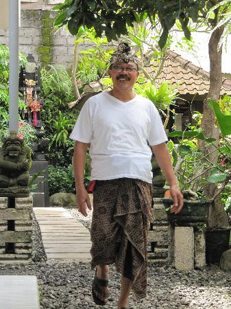 Sandat Bali: Nyoman 'Papa' - the healer