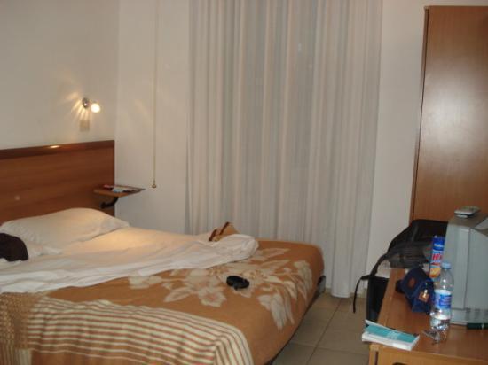 Hotel Lussemburgo: CHAMBRE