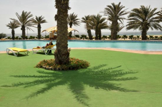 Foya Branca Resort Hotel : une des piscines