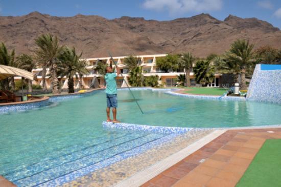 Piscine photo de foya branca resort hotel mindelo for Piscine magiline avis