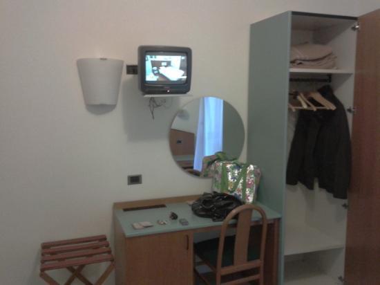 Golf Hotel: TV e scrivania