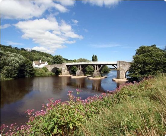 Whitney-on-Wye, UK: The Bridge view from fishing bank