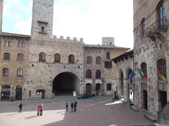 La Casa di Giovanna : San Gimignano