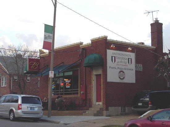 Anthonino's Taverna LLC : Outside sidewalk dining on left side of building