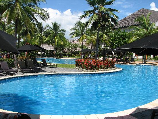 Piscina picture of sofitel fiji resort spa denarau island tripadvisor - Piscina di venaria ...