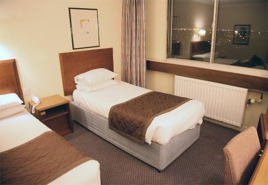 Britannia Airport Hotel: Room 808