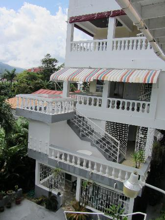 Ivanhoe's Guest House: Rm 22 on top level