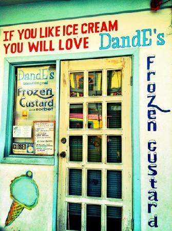 DandE's Frozen Custard & Sorbet: Best on the island!