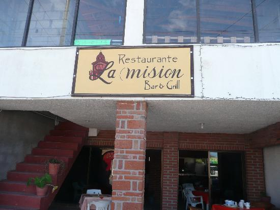 La Mision Bar and Grill: front entrance