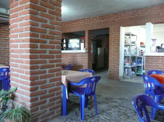 La Mision Bar and Grill: Inside