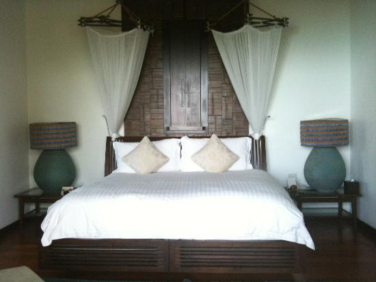 Four Seasons Resort Koh Samui Thailand: Huge Bed in One Bedroom Villa