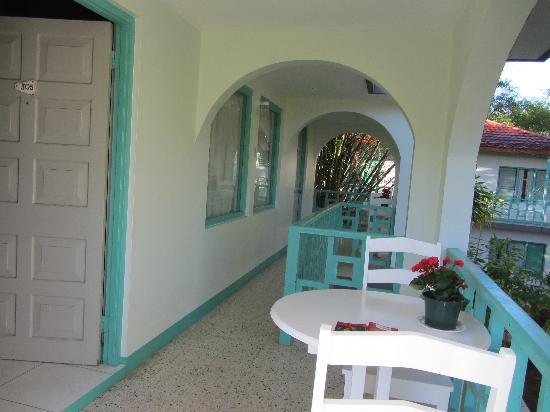 Coral Seas Garden: balcony