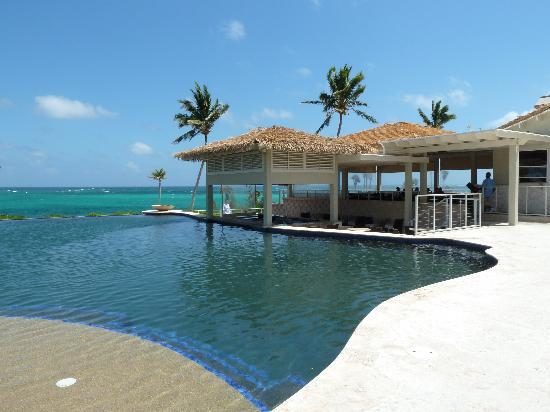 Sky Beach Club Pool And Restaurant
