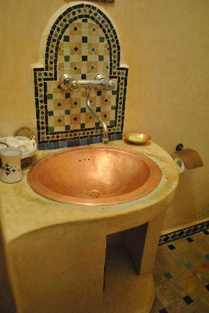 Riad Sidi Fatah : bathroom (room sofia)