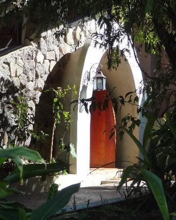 Poas Volcano Lodge: Eingangstür