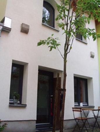 Villa Konstanze: Eingang / Entrance