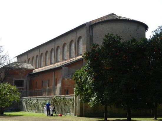 圣撒比纳堂