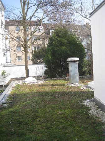 Novum Hotel Excelsior Duesseldorf: lovely garden view