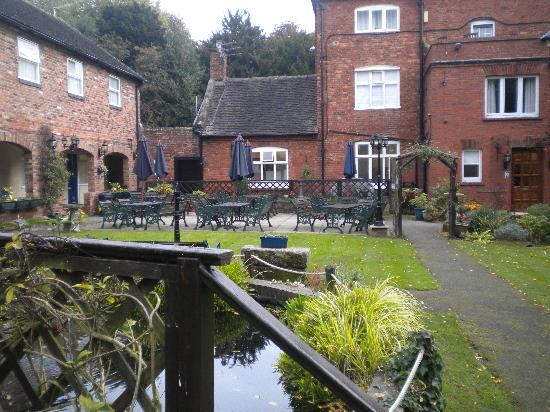 The Manor Cheadle: Back Garden 2