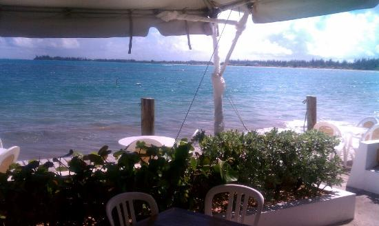 La Playita: enjoy a meal with this view