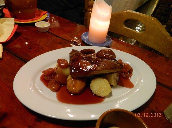 la paloma: Glazed pork belly
