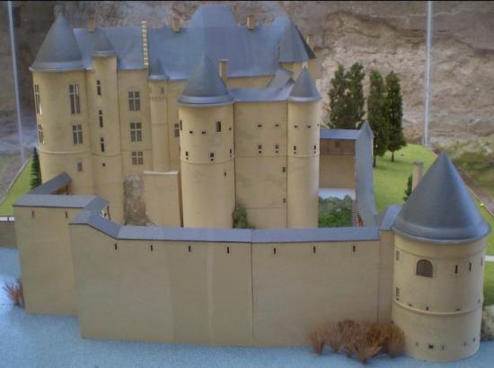 Beaufort Castles: Beaufort Castle AD 1600