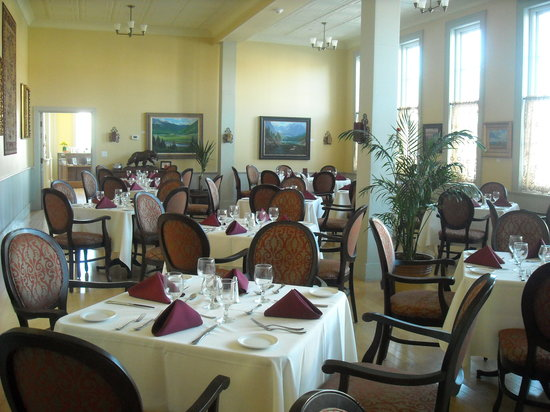 The Windsor Hotel Dining Room: The Dining Room