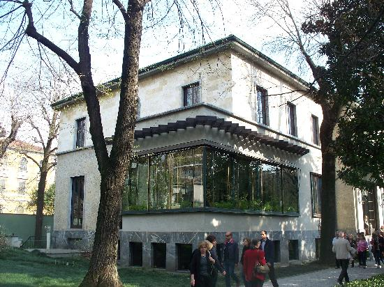 La veranda giardino invernale foto di villa necchi for Villa necchi campiglio milano