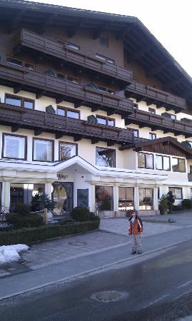 Moedlinger Hotel & Sport: Outside the hotel