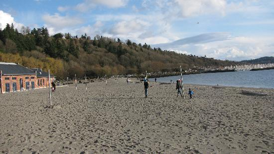 Golden Gardens Park: Not many visitors in chilly March!  Beautiful grounds