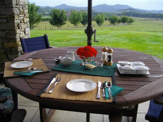 Warkworth Country Retreat: Delightful Patio dining
