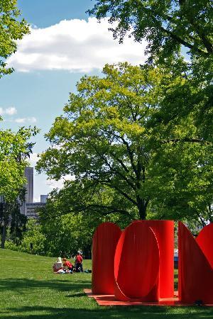 Dayton Art Institute, Outside Sculptures
